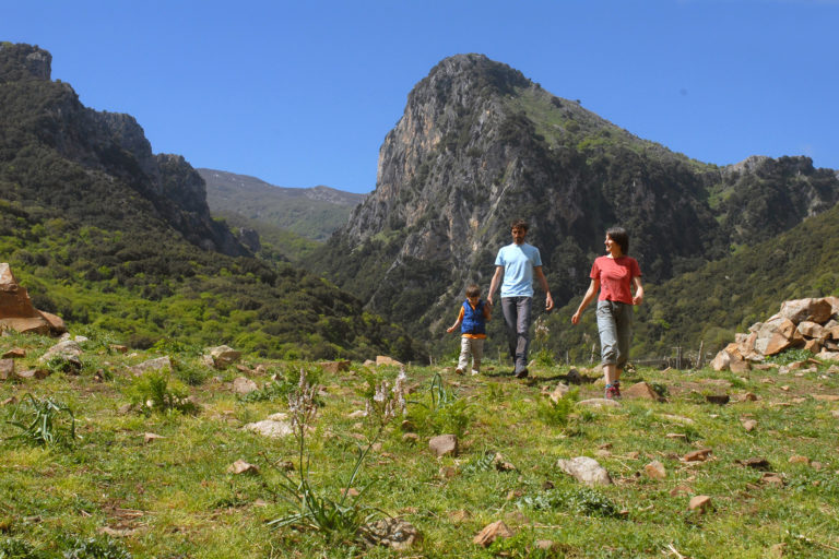 Hike-in-the-Madonie-with-Nature-Explorers-Sicily