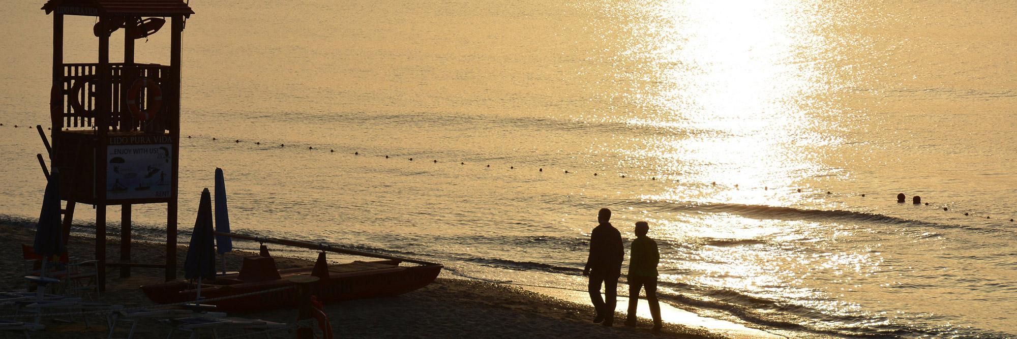 cefalu-lungomare-spiaggia-tramonto-sunset-magazine